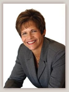 Sharon Knutson-Felix of the 100 Club of Arizona
